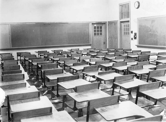 Old Neenah school classroom photograph.
