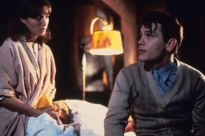 Film: Karen Allen as Laura Wingfield with John Malkovich as Tom Wingfield