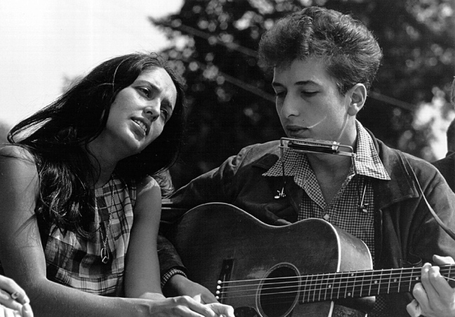 Joan_Baez_and_Bob_Dylan.jpg